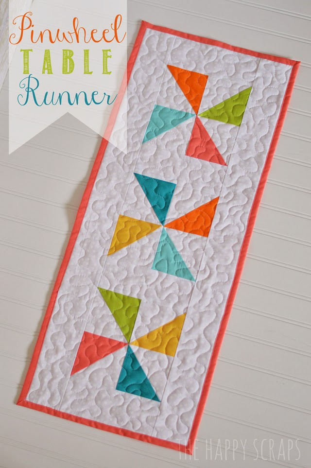 pinwheel-table-runner