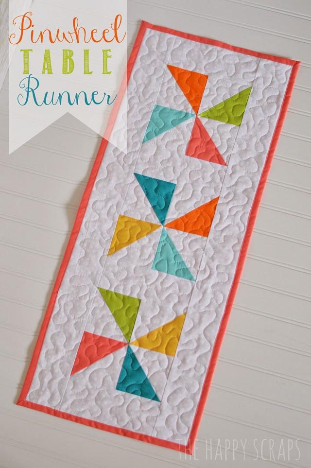 pinwheel-table-runner