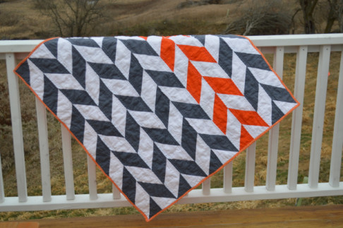 Orange-and-gray-herringbone-quilt2